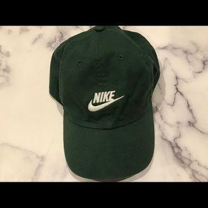 Nike green cap 🧢